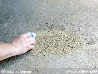 ölflecken auf beton entfernen zement flecken entfernen wohn design