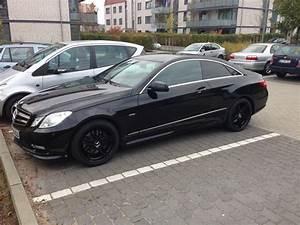 18 Zoll Felgen Mercedes C Klasse W204 : 4x original mercedes benz radzierdeckel lorbeerkranz blau ~ Jslefanu.com Haus und Dekorationen
