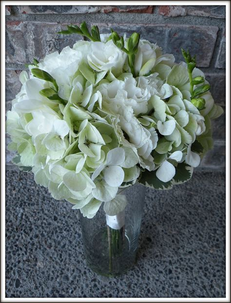 hydrangea bouquets hydrangea bouquets mason jar centerpieces a real wedding jen s blossoms blog