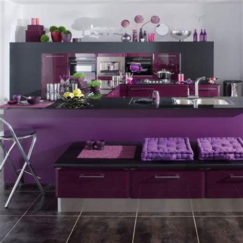 cuisiniste frejus cuisine violet et blanc meilleures images d 39 inspiration pour votre design de maison