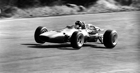 The 300 bhp engine was installed in a beefed up version of the chassis used in the previous season to create the ferrari 312 f1. Ferrari 312 F1-68 (1968) - Ferrari.com
