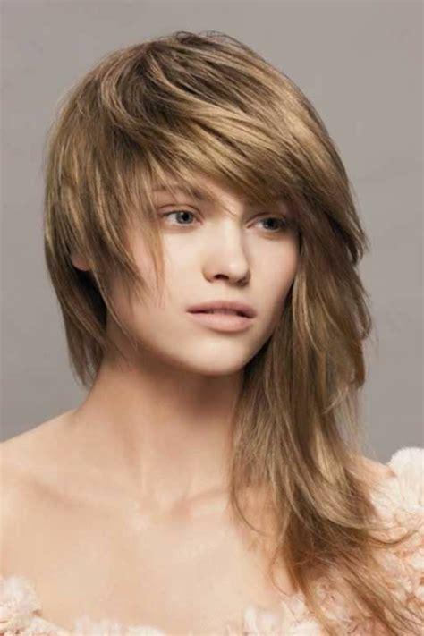 quelle coupe de cheveux asymetrique pour sublimer votre visage