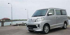 Daihatsu Luxio  Bandingkan Harga Sewa Luxio Di Jogja