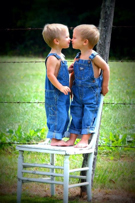 sweet twins  year  picts twin toddler photography