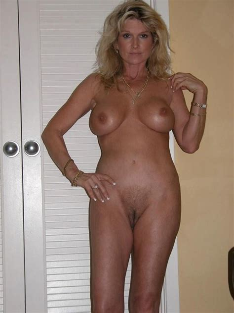 Sexy And Classy Mature Ladies Posing Naked For Crazy