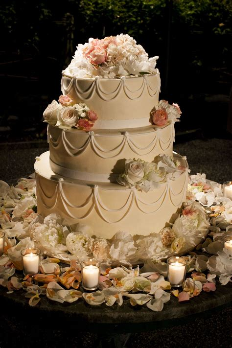 sweet inspirations your wedding cake and it