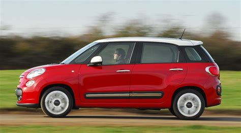 Review Of Fiat 500l by Fiat 500l 1 6 Multijet 2013 Review Car Magazine