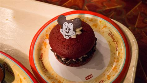 disney world s 10 best desserts guide2wdw