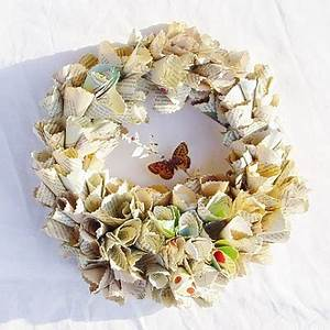 absolutely beautiful things Beautiful Handmade Paper Wreaths