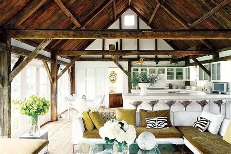 9 Charming Farmhouse Inspired Living Room Design Ideas