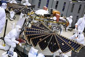 NASA's Next Mars Lander Spreads its Solar Wings ...