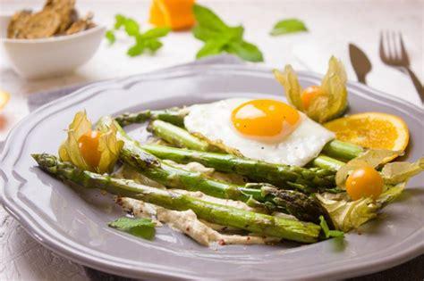 comment cuisiner des asperges cuisson des asperges comment les cuire et les préparer