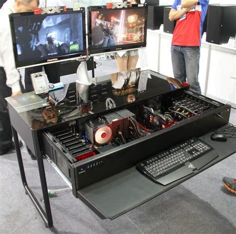 table pour pc de bureau computex les pc bureaux et table basse de lian li