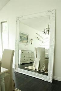 Grand Miroir Mural : le grand miroir mural 25 id es pour d 39 arrangement et d coration ~ Preciouscoupons.com Idées de Décoration
