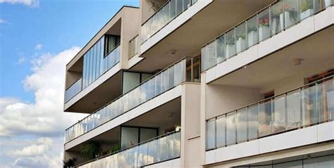 condo  apartment balcony contractors