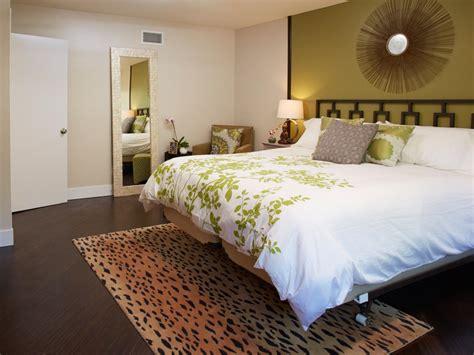 Bedroom Carpet Vs Hardwood by 46 Carpet Bedrooms Inexpensive Bedroom Flooring Ideas