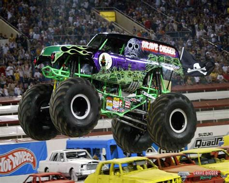 grave digger monster truck images grave digger cake frugal creations