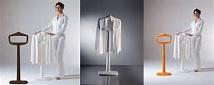 Valet Porte Vetement : valet de chambre porte manteaux design i love details ~ Teatrodelosmanantiales.com Idées de Décoration