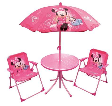table et chaise minnie mouse set de cing minnie mouse disney lestendances fr