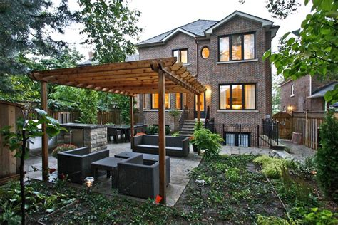 landscaping with pergolas covered pergola plans landscape contemporary with backyard brick house brick beeyoutifullife com