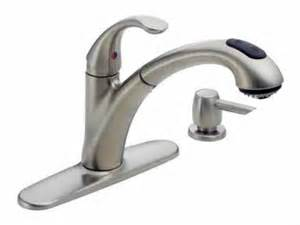 peerless pull out kitchen faucet delta peerless faucet co 16929 sssd classic pull out