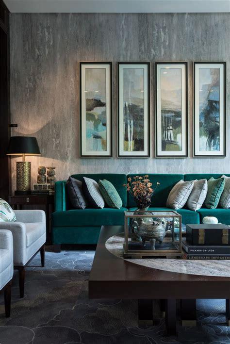 decorating  emerald  blue topaz decoholic