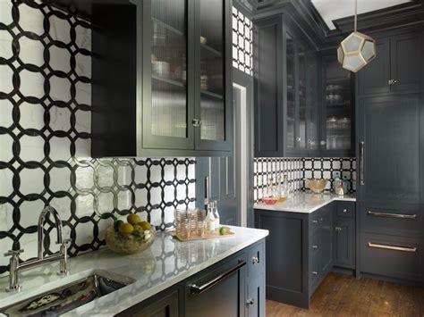 Black and White Kitchen - Contemporary - kitchen - Liz