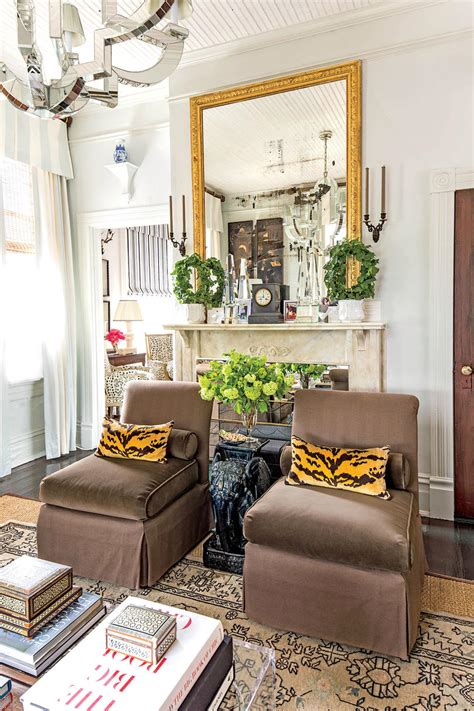 Room Decor For Small Spaces by Small Space Decorating Tricks Southern Living