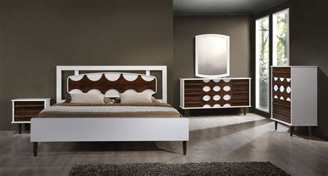 seattle panel bedroom set walnut  white zuo modern furniture cart