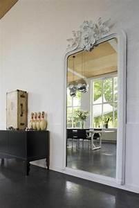 Miroir Mural Grande Taille : les 25 meilleures id es de la cat gorie grands miroirs muraux sur pinterest miroirs muraux ~ Teatrodelosmanantiales.com Idées de Décoration