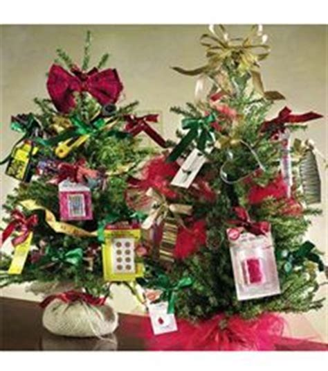 gift card trees  gift card wreaths images