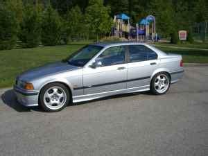 bmw m3 4 door thule silver aeroblade edge roof rack 12 1997 bmw m3 sedan german cars for Luxury