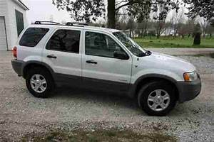 Sell Used 2002 Ford Escape Xlt 4dr 4x2 Suv 3 0l V6  White