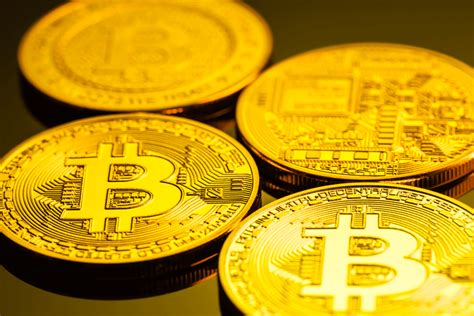According to bytetree, the next time bitcoin's network value reaches a new order of magnitude will be in 2025 — some six years away. 4 Reasons Bitcoin May Hit USD 1-5 Trillion Market Cap in 10 Years - CryptoWorldNews.us
