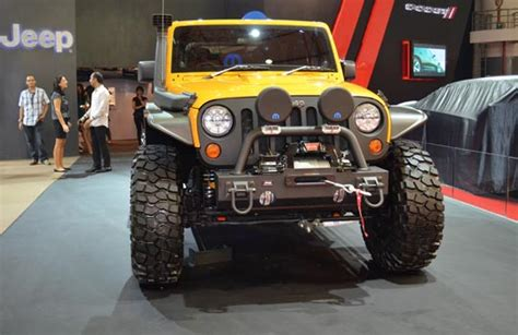 jeep indonesia soal jeep orang indonesia doyan wrangler