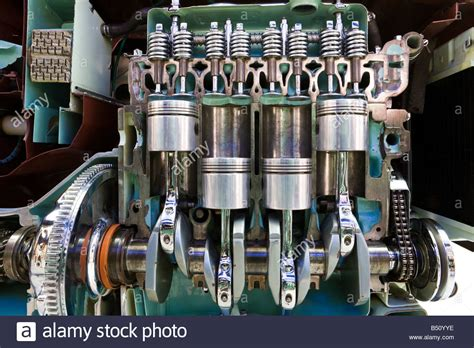cut  section   engine   mgb gt