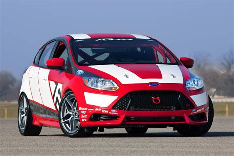 ford focus race car concept news  information