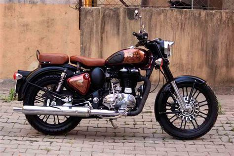 Royal Enfield Classic 500 Image by This Modified Royal Enfield Classic 500 Looks Eye