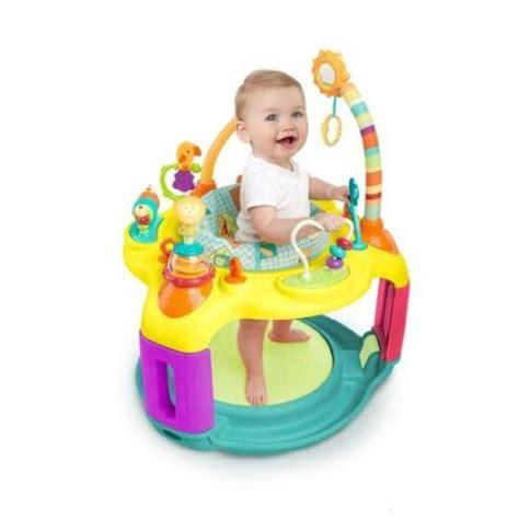 univers du siege jeux d eveil bebe 5 mois l 39 univers du bébé