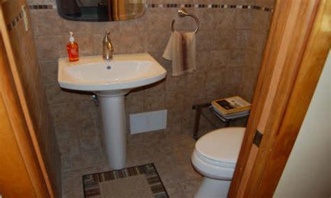 Half Bath Decor Ideas, Small Half Bathroom Remodeling