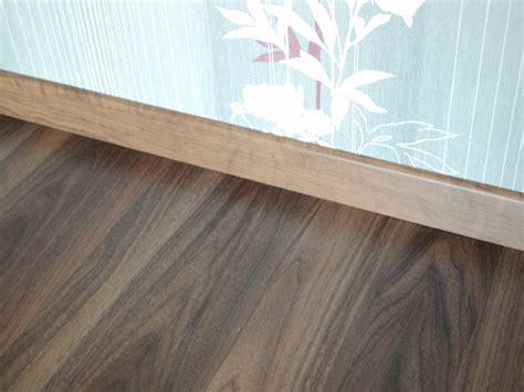 laminat mit trittschalldämmung dunkles laminat laminat in dunkelbraun dunkelbrauner laminatboden laminat dunkel kaufen
