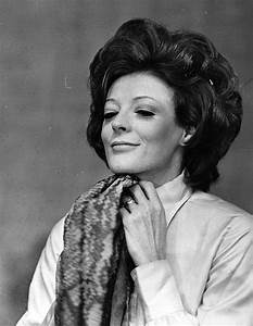 10+ Beautiful Throwback Pics Of Dame Maggie Smith | Veriy
