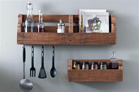 etagere de rangement cuisine que faire des palettes de bois idées deco et design