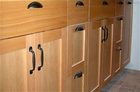 CaseQuick   Custom Cabinet Doors And Drawer Faces In