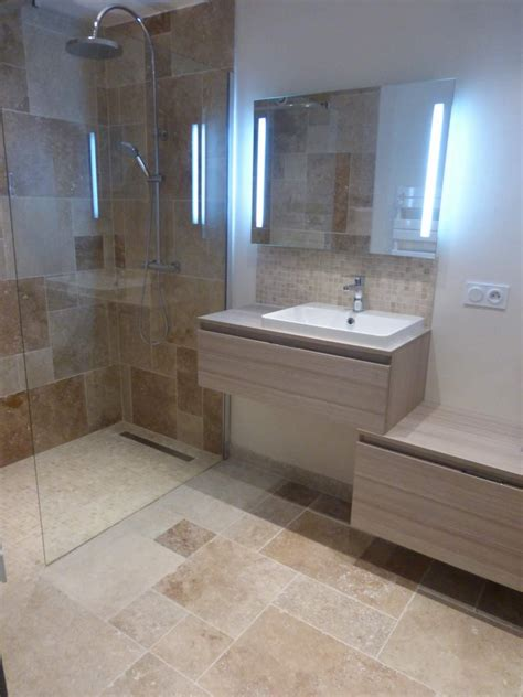 cuisine avec pose rénovation d une salle de bains w c en travertin sur