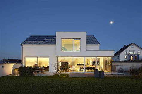 Häuser Modern Umbauen by Lichtdurchflutetes Satteldach H 228 User V 246 Lse