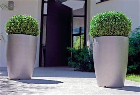 grand pot pour plante 5 jolis pots pour un jardin