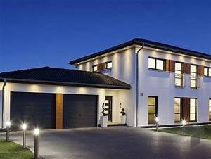 Haus Mit Satteldach 25 Grad : die besten 25 haus mit garage ideen auf pinterest ~ Lizthompson.info Haus und Dekorationen