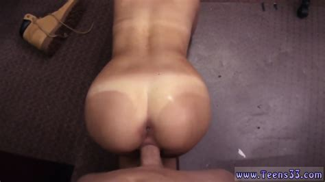 Gymnast Pussy Lick And Pay Debt With Gangbang Xxx A Tip For The Waitress EPORNER