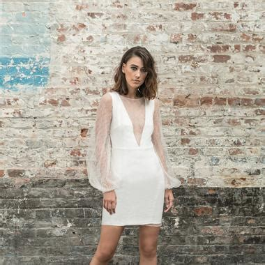robe pour mariage civil 2017 rime arodaky rime arodaky nous pr 233 sente sa collection de robes de